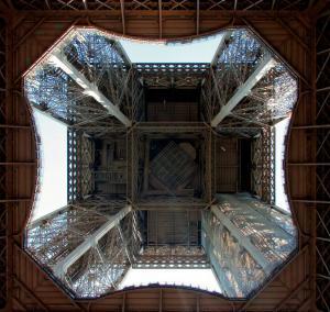 torre-eiffel-vista-abajo